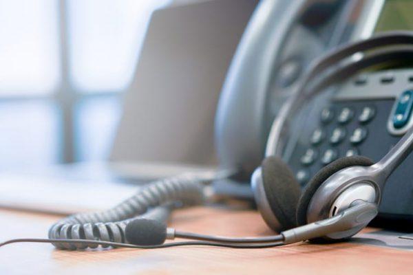 Service für Telekommunikation, Telefon und Router